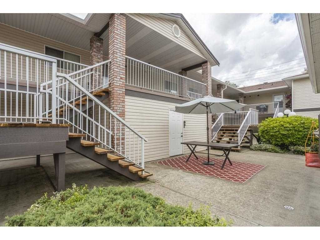 """Photo 3: Photos: 12 32821 6 Avenue in Mission: Mission BC Townhouse for sale in """"Maple Grove Manor"""" : MLS®# R2593158"""