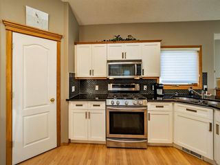 Photo 9: 9212 Edgebrook Drive NW in Calgary: Edgemont Detached for sale : MLS®# A1116152
