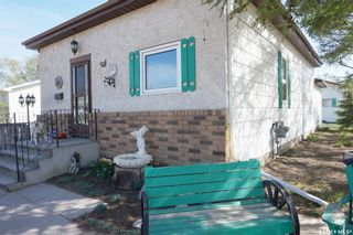 Photo 3: 202 2ND Avenue in Vibank: Residential for sale : MLS®# SK855503