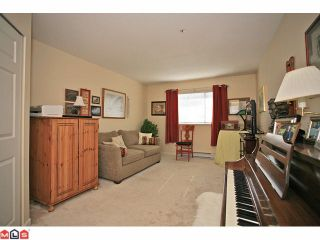 """Photo 7: 311 20120 56TH Avenue in Langley: Langley City Condo for sale in """"Blackberry Lane I"""" : MLS®# F1117783"""