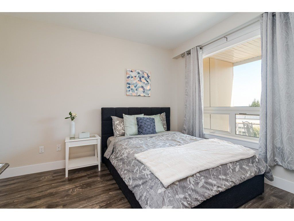 """Photo 11: Photos: 315 19228 64 Avenue in Surrey: Clayton Condo for sale in """"FOCAL POINT"""" (Cloverdale)  : MLS®# R2481765"""