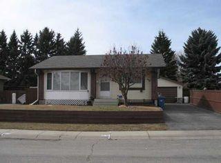 Photo 1: 135 LYNNBROOK Road SE in CALGARY: Lynnwood Riverglen Residential Detached Single Family for sale (Calgary)  : MLS®# C3517272