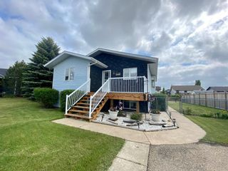 Main Photo: 5221 47 Street Close: Clive Detached for sale : MLS®# A1116769