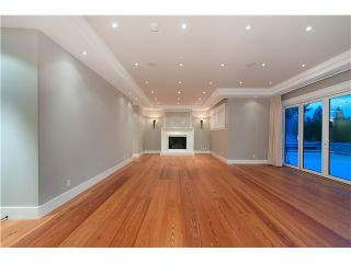 Photo 14: 1479 CHIPPENDALE RD in West Vancouver: Canterbury WV House for sale : MLS®# V1016218