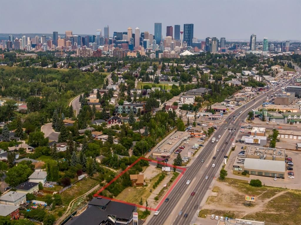 Main Photo: 4401 Macleod Trail SW in Calgary: Parkhill Commercial Land for sale : MLS®# A1131473
