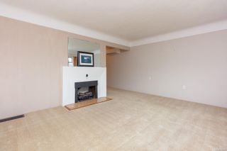 Photo 5: 1679 Derby Rd in : SE Mt Tolmie House for sale (Saanich East)  : MLS®# 870377