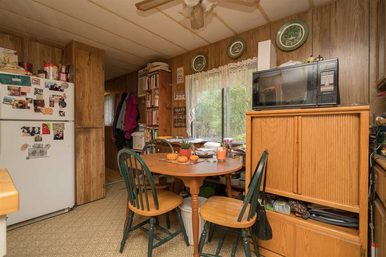 Photo 8: Photos: 36255 TRANS CANADA Highway in Yale: Hope Laidlaw Manufactured Home for sale (Hope)  : MLS®# R2335678