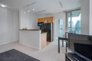 """Photo 13: 1803 928 RICHARDS Street in Vancouver: Yaletown Condo for sale in """"The Savoy"""" (Vancouver West)  : MLS®# R2591014"""