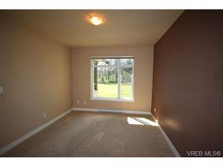 Photo 9: 404C 1115 Craigflower Rd in VICTORIA: Es Gorge Vale Condo for sale (Esquimalt)  : MLS®# 699339