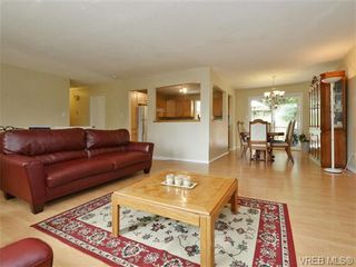 Photo 5: 3349 Betula Pl in VICTORIA: Co Triangle House for sale (Colwood)  : MLS®# 735749