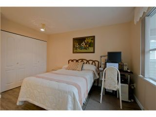"""Photo 15: 203 15439 100 Avenue in Surrey: Guildford Townhouse for sale in """"Plumtree Lane"""" (North Surrey)  : MLS®# F1404844"""