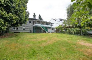 Photo 2: 822 POIRIER Street in Coquitlam: Harbour Place House for sale : MLS®# R2580513