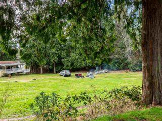 Photo 17: 4 12793 MADEIRA PARK Road in Madeira Park: Pender Harbour Egmont Manufactured Home for sale (Sunshine Coast)  : MLS®# R2545308