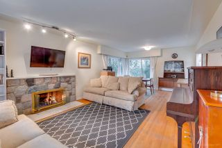"""Photo 4: 1381 CHINE Crescent in Coquitlam: Harbour Chines House for sale in """"Harbour Chines"""" : MLS®# R2262482"""
