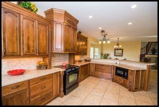 Photo 11: 2348 Mount Tuam Crescent in Blind Bay: Cedar Heights House for sale : MLS®# 10098391