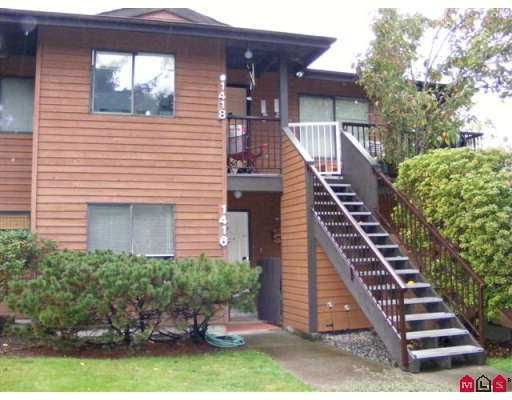 """Main Photo: 1416 10620 150TH Street in Surrey: Guildford Townhouse for sale in """"Lincoln's Gate"""" (North Surrey)  : MLS®# F2725009"""