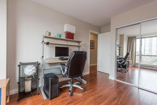 """Photo 10: 1105 9603 MANCHESTER Drive in Burnaby: Cariboo Condo for sale in """"STRATHMORE TOWERS"""" (Burnaby North)  : MLS®# R2228642"""