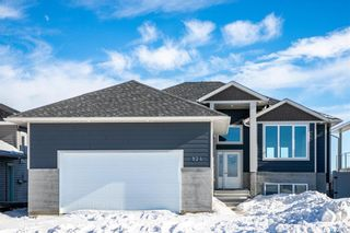 Photo 2: 824 1st Street North in Warman: Residential for sale : MLS®# SK841611
