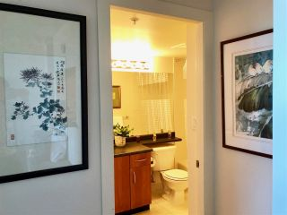 """Photo 6: 2010 3663 CROWLEY Drive in Vancouver: Collingwood VE Condo for sale in """"Latitude"""" (Vancouver East)  : MLS®# R2281441"""