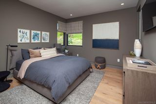 Photo 27: LA JOLLA House for sale : 5 bedrooms : 5552 Via Callado