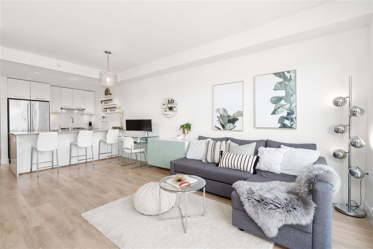 """Main Photo: 601 8580 RIVER DISTRICT Crossing in Vancouver: South Marine Condo for sale in """"Two Town Centre"""" (Vancouver East)  : MLS®# R2580251"""