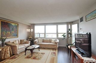 Photo 9: 401 2 Raymerville Drive in Markham: Raymerville Condo for sale : MLS®# N5206252