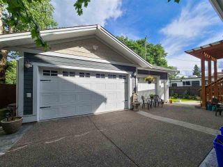 """Photo 4: 2181 LAURIER Crescent in Prince George: Crescents House for sale in """"CRESENTS"""" (PG City Central (Zone 72))  : MLS®# R2618434"""