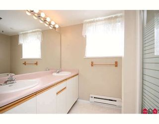 """Photo 8: 109 5955 177B Street in Surrey: Cloverdale BC Condo for sale in """"Windsor Place"""" (Cloverdale)  : MLS®# F2916723"""