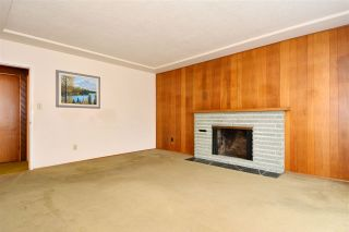Photo 4: 5374 CULLODEN Street in Vancouver: Knight House for sale (Vancouver East)  : MLS®# R2018666
