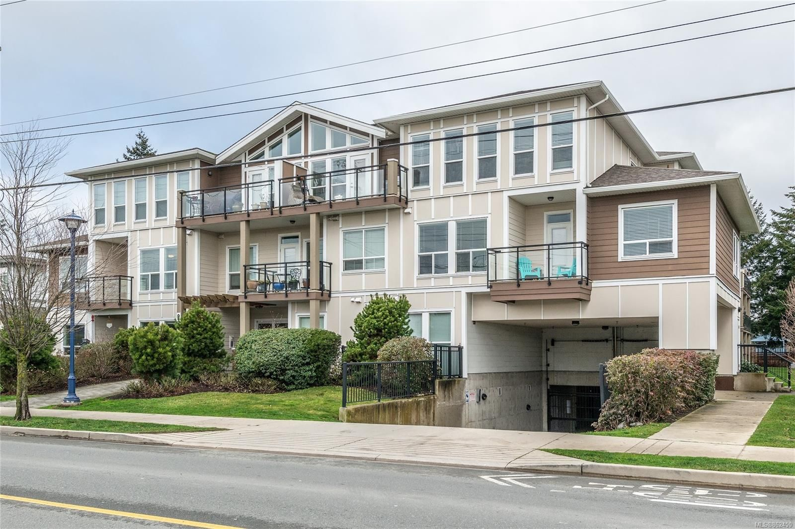 Main Photo: 204 938 Dunford Ave in : La Langford Proper Condo for sale (Langford)  : MLS®# 862450