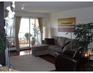 """Photo 5: 415 301 MAUDE Road in Port_Moody: North Shore Pt Moody Condo for sale in """"HERITAGE GRAND"""" (Port Moody)  : MLS®# V667016"""