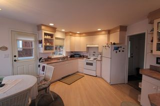 Photo 8: 7851 Squilax Anglemont Road in Anglemont: North Shuswap House for sale (Shuswap)  : MLS®# 10093969