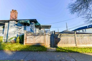 Photo 32: 7320 INVERNESS Street in Vancouver: South Vancouver House for sale (Vancouver East)  : MLS®# R2523929