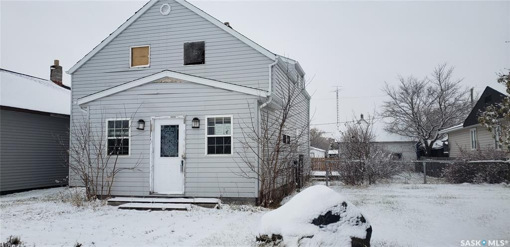 Main Photo: 212 Bruce Street in Gainsborough: Residential for sale : MLS®# SK844985