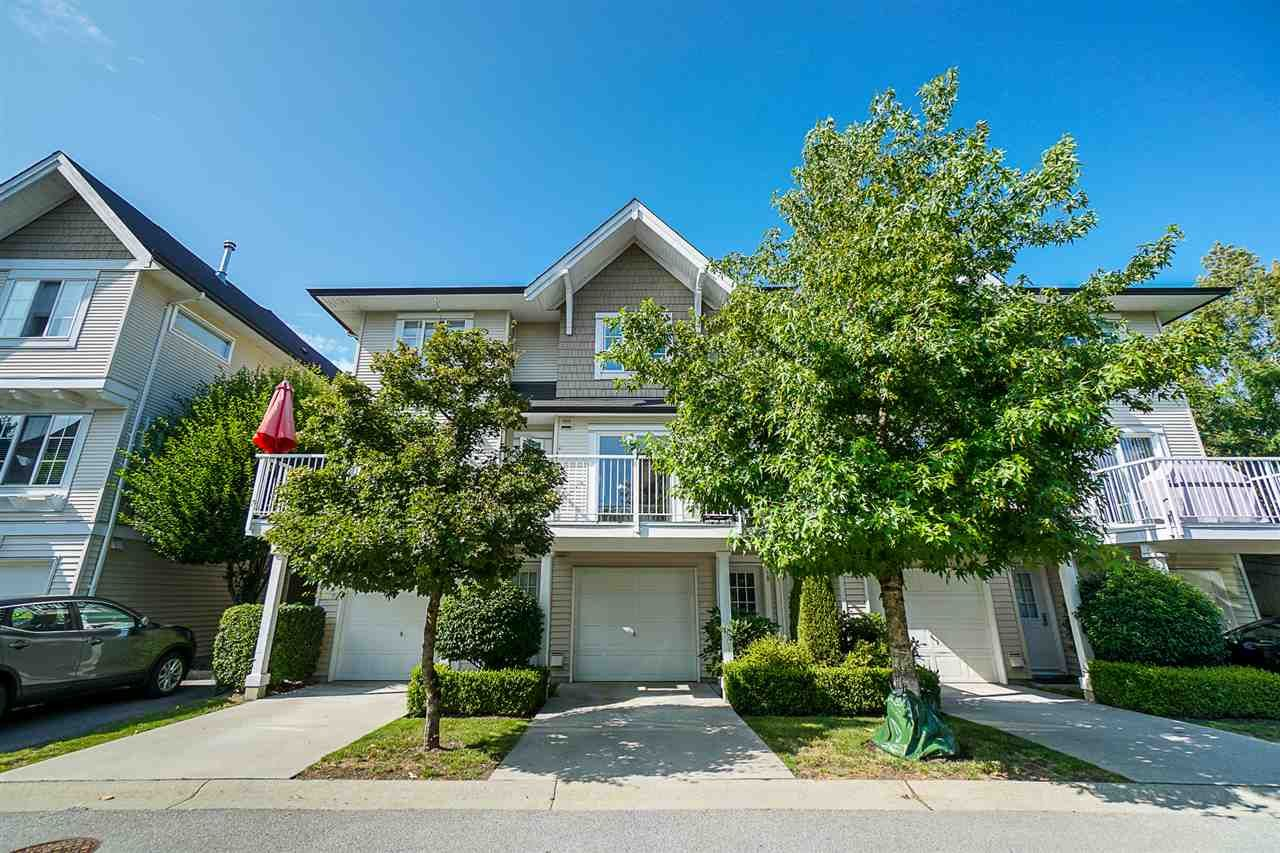 """Main Photo: 10 20560 66 Avenue in Langley: Willoughby Heights Townhouse for sale in """"AMBERLEIGH"""" : MLS®# R2390934"""