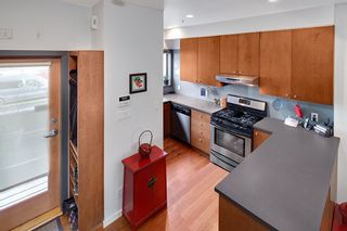 Photo 5: 392 E 15TH Avenue in Vancouver: Mount Pleasant VE Townhouse for sale (Vancouver East)  : MLS®# R2349680