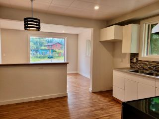 Photo 10: 439 VIEW STREET in Kaslo: House for sale : MLS®# 2460032