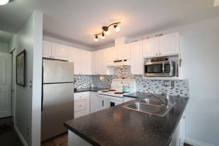 Photo 6: 307 6475 CHESTER STREET in Vancouver: Fraser VE Condo for sale (Vancouver East)  : MLS®# R2304924
