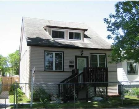 Main Photo: 864 ALVERSTONE ST.: Residential for sale (West End)  : MLS®# 2911673