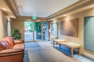 Photo 29: 102 1025 Meares St in Victoria: Vi Downtown Condo for sale : MLS®# 858477