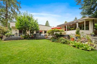 Photo 6: 662 ST. IVES Crescent in North Vancouver: Delbrook House for sale : MLS®# R2603801
