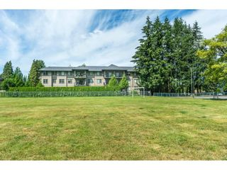 "Photo 19: 306 33898 PINE Street in Abbotsford: Central Abbotsford Condo for sale in ""Gallantree"" : MLS®# R2286866"