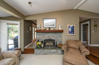 Photo 10: 5950 Mosley Rd in : CV Courtenay North House for sale (Comox Valley)  : MLS®# 878476