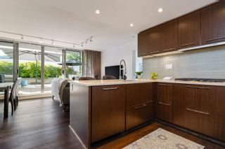 """Photo 17: 227 2008 PINE Street in Vancouver: False Creek Condo for sale in """"MANTRA"""" (Vancouver West)  : MLS®# R2620920"""