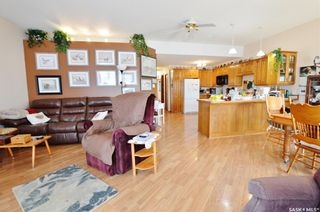 Photo 5: 1129 ATHABASCA Street West in Moose Jaw: Palliser Residential for sale : MLS®# SK860342