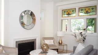 """Photo 3: 1830 W 12TH Avenue in Vancouver: Kitsilano Townhouse for sale in """"THE FOX HOUSE"""" (Vancouver West)  : MLS®# R2177800"""