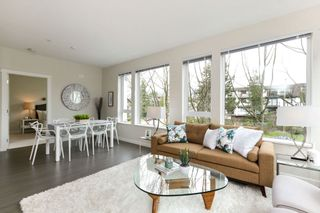 """Photo 3: 313 277 W 1 Street in North Vancouver: Lower Lonsdale Condo for sale in """"West Quay"""" : MLS®# R2252206"""