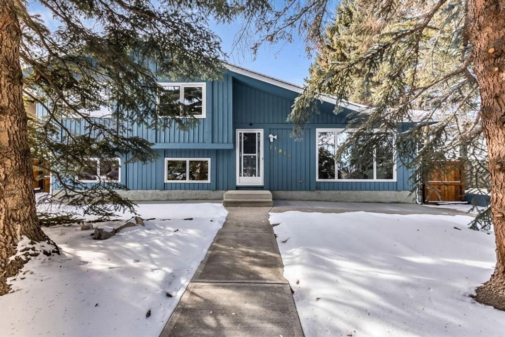 Main Photo: 11819 Elbow Drive SW in Calgary: Canyon Meadows Detached for sale : MLS®# A1071296