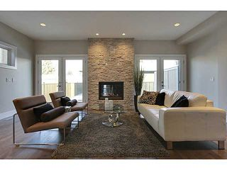 Photo 9: 3332 40 Street SW in CALGARY: Glenbrook Residential Attached for sale (Calgary)  : MLS®# C3548100