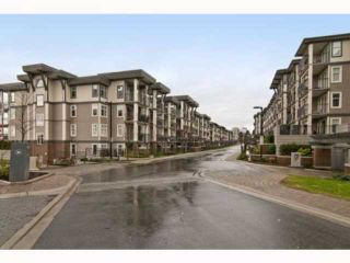 Photo 1: 205 4868 BRENTWOOD Drive in Burnaby: Brentwood Park Condo for sale (Burnaby North)  : MLS®# V817837